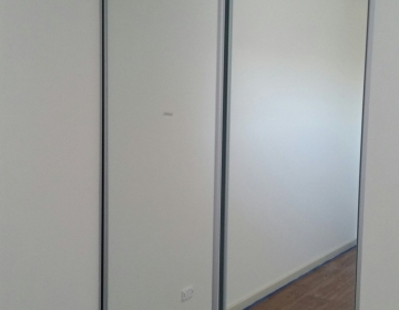 garderoobi uksed